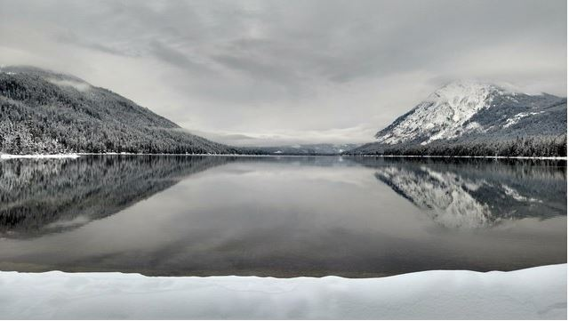 Lake Wenatchee in winter. Photo by trip reporter jdk610.