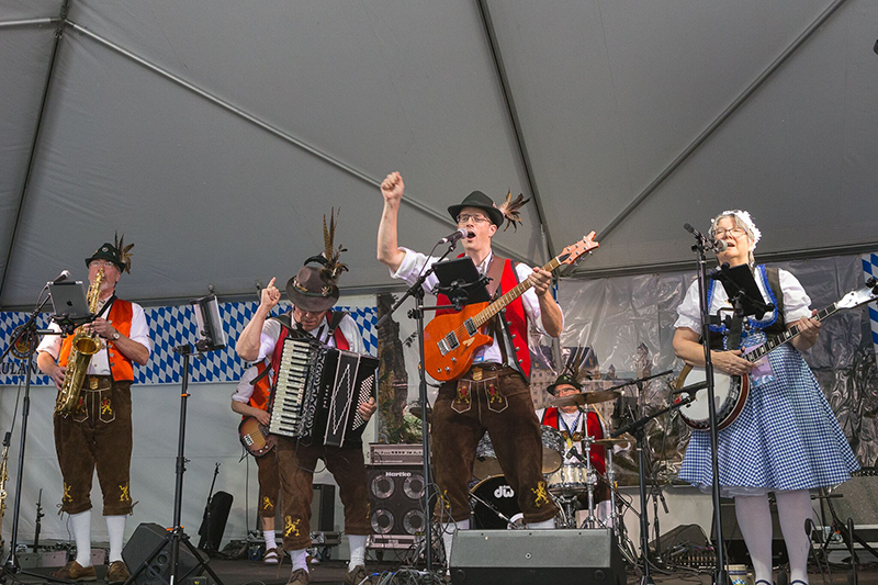 Kirkland Oktoberfest. Photo by Stephen Wong
