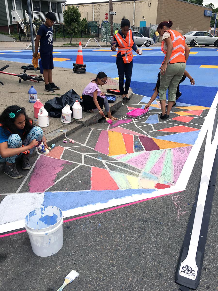 citywalk_mural_Lisa_05_lowres.jpg