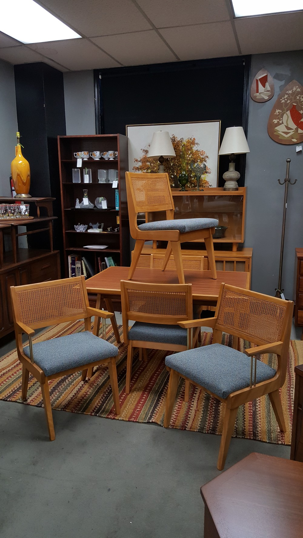 Mid-Century Modern maple dining set with two tone dining table with A-frame legs and one self storing leaf also includes Set of 5 Mid-Century Modern maple ... & Mid-Century Modern maple dining set with two tone dining table ...
