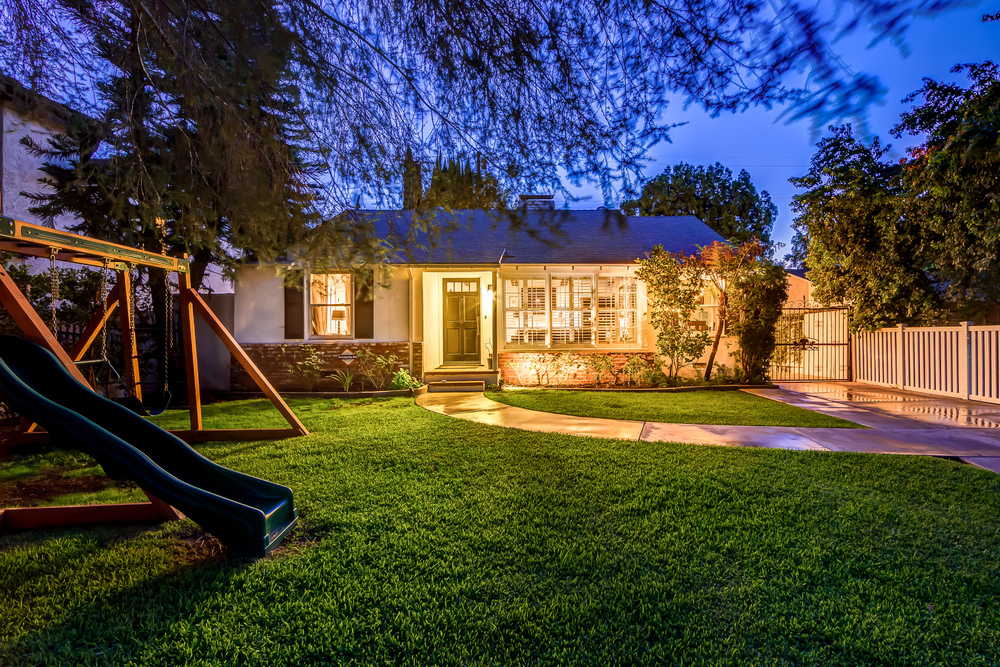 4713 NOBLE AVE., SHERMAN OAKS, $1,099,000 - SOLD!