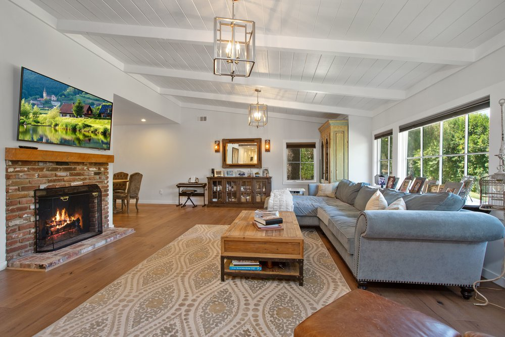 SOLD!    4459 WHITE OAK PL. ENCINO - $$1,639,000