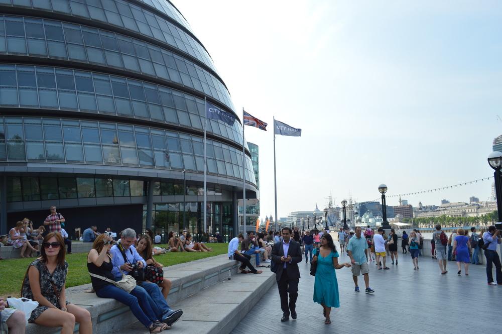 / Fim de Tarde na London City Hall