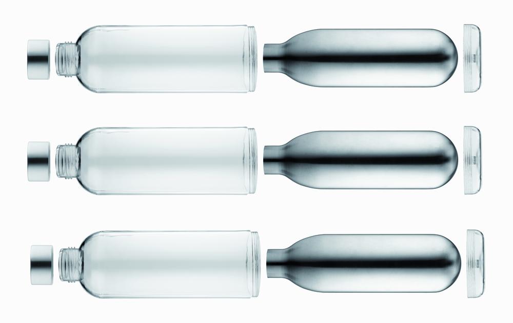Cocoon flask by Torsten Neeland.