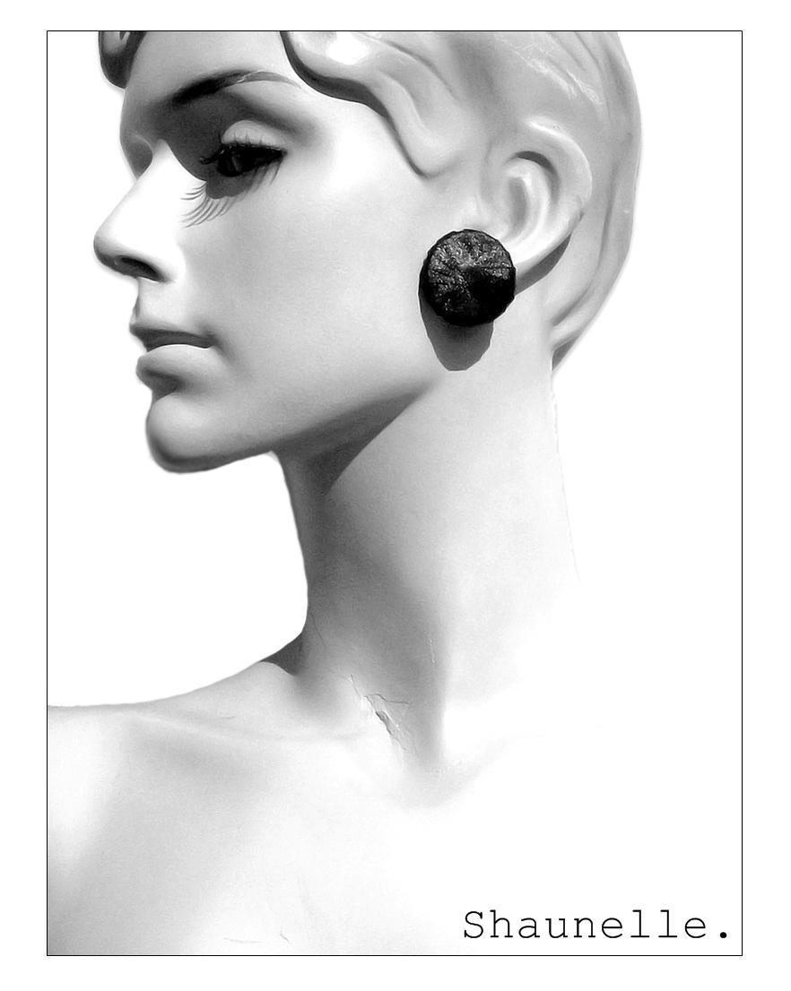 Punto Earring 2P logo.jpg