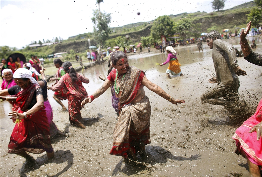 pb-120629-nepal-crop-festival-nj-04.photoblog900.jpg
