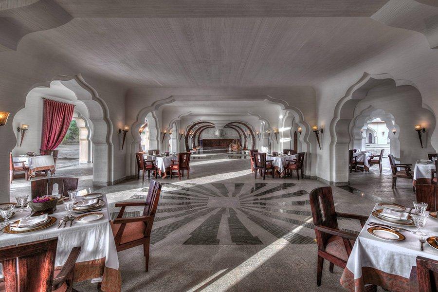 16_Main-Restaurant-1.jpg