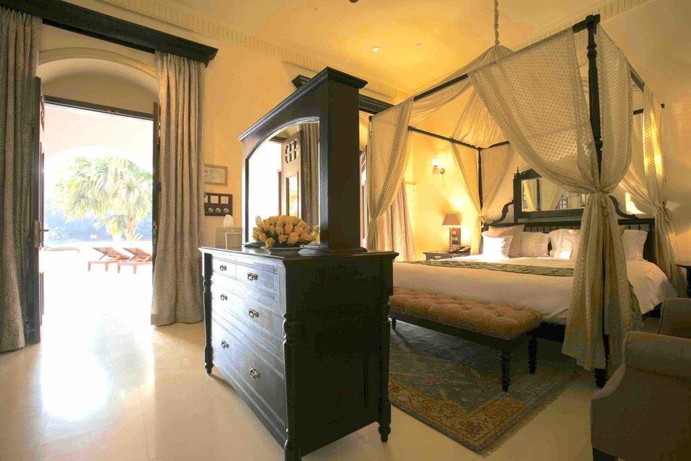 Hi_H8F9I_27654081_Guest Room2.jpg