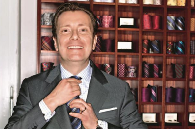 """""""Kleidungsstil ist ein Kommunikationsmittel"""": Klassiche Kleidung läßt sich gekonnt als Kommunikationsmittel einsetzen. Lernen Sie dazu die kleinen Details, ihre Bedeutung und Historie kennen, die den persönlichen Stil prägen. Dauer: k.A. Referent:Prof. Dr. Ebbo Tücking, Inhaber von Cove&Co"""