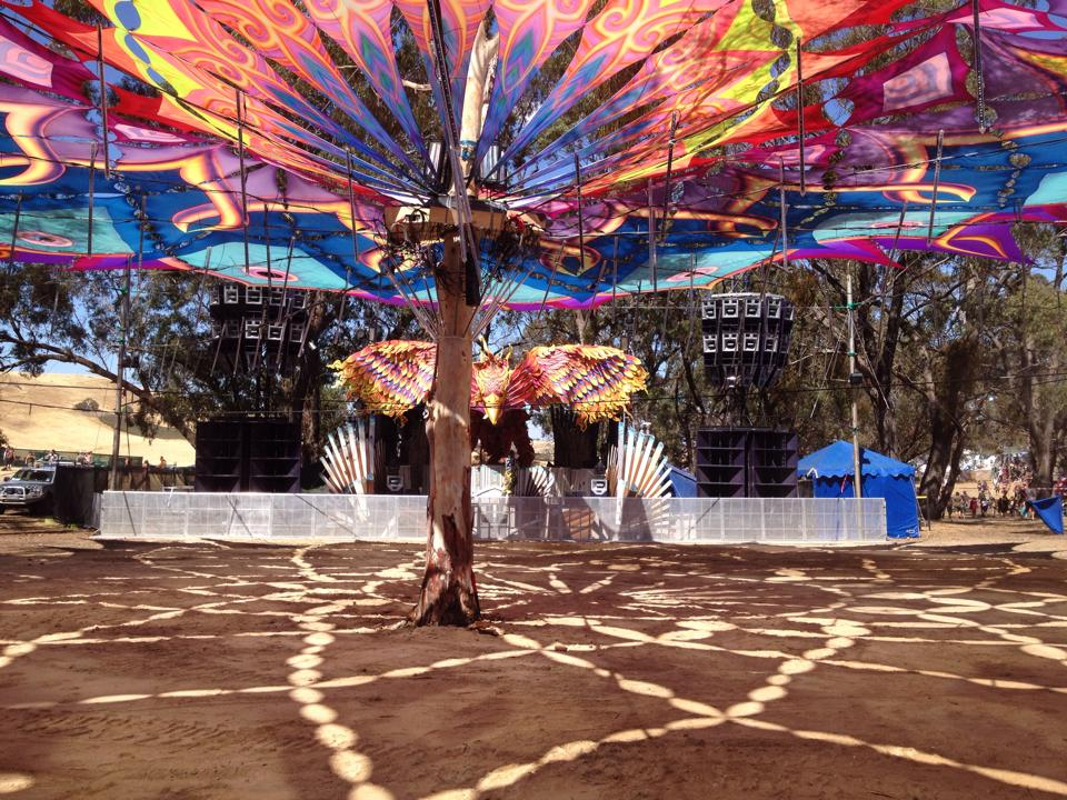 Rainbow Serpent 2014 - FTE set up- Market Stage