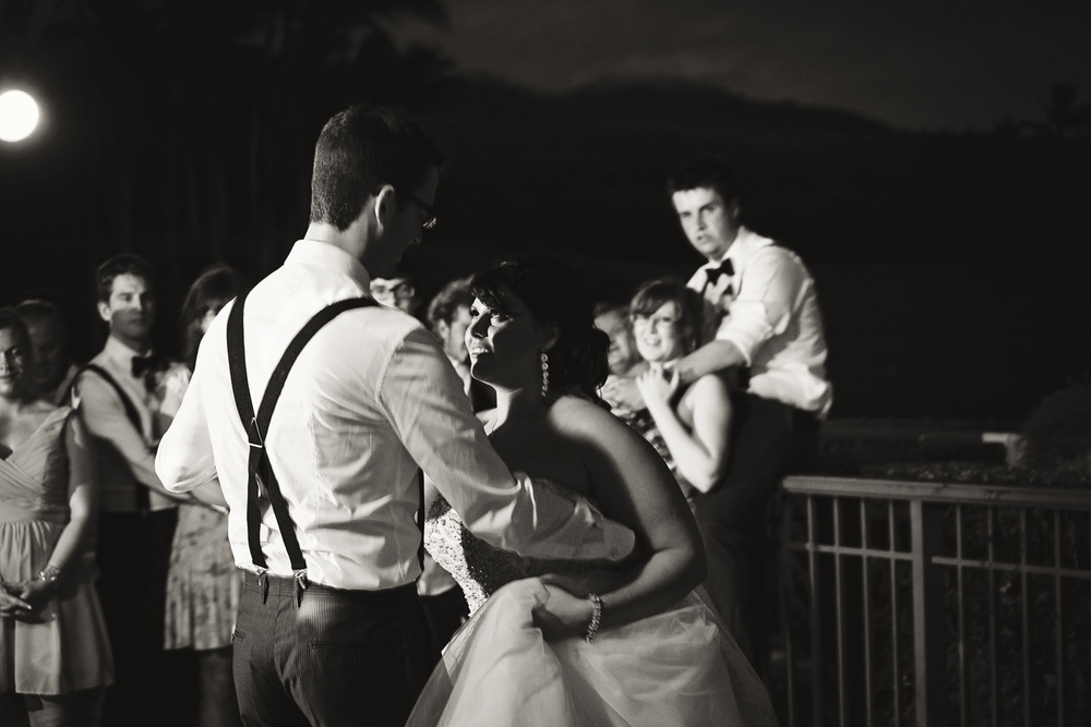 Waliea_Maui_Destination_Wedding015.jpg