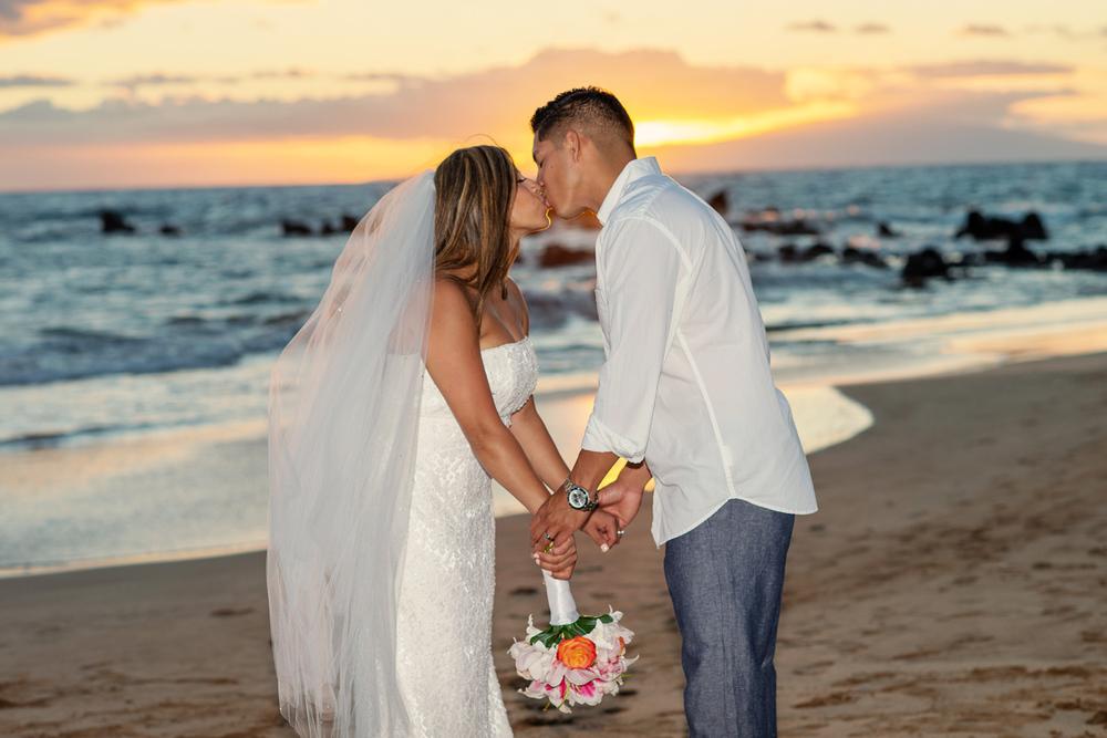 Maui_Beach_wedding_photographer028.jpg