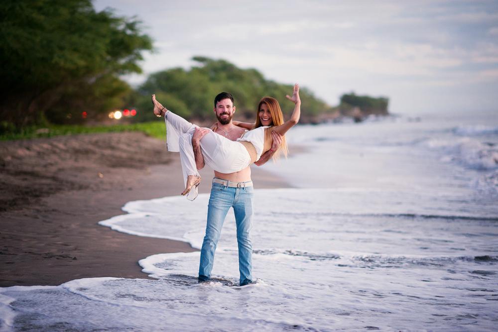 Maui-Family-Photography-West-Side (27).jpg