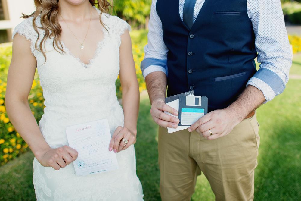 Maui Wedding Photography - Showing Notes