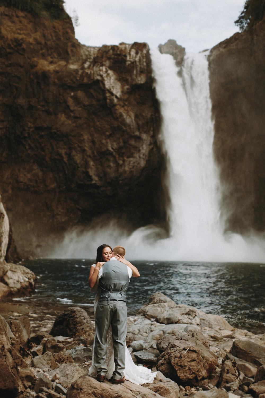 Carmen + Jesse Snoqualmie Falls Elopement