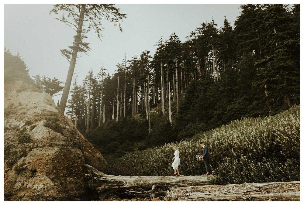 Adventurous Oregon Coast Elopement