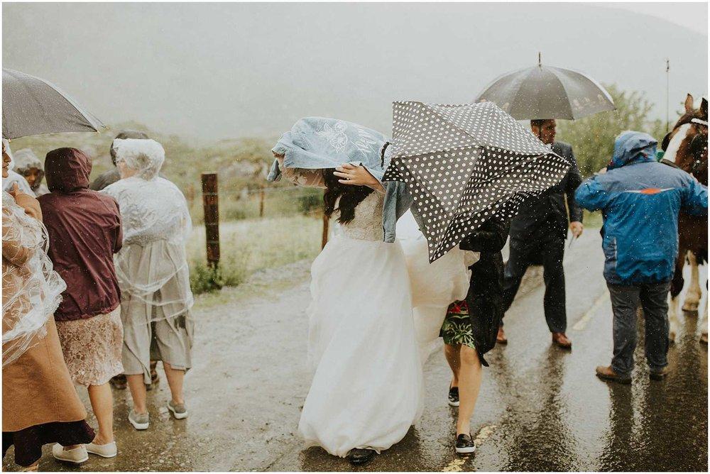 Ireland_Intimate_Wedding_Anni_Graham_0120.jpg