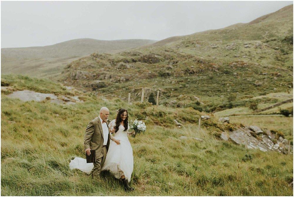 Ireland_Intimate_Wedding_Anni_Graham_0129.jpg
