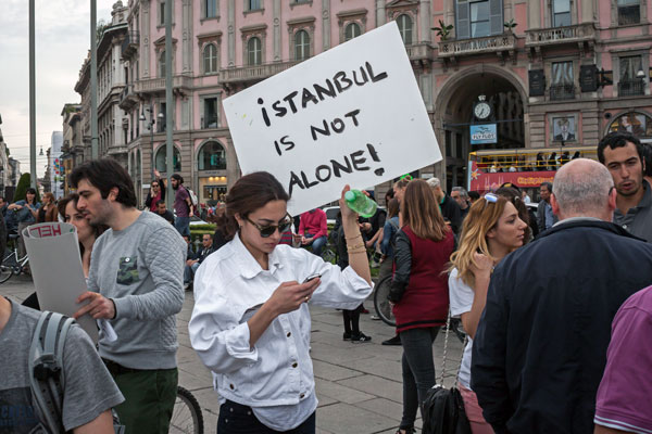 Turkish protests in Milan. Copyright  Stefano Tinti