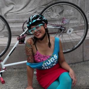 Lorena Cupcake in a Giro Aeon