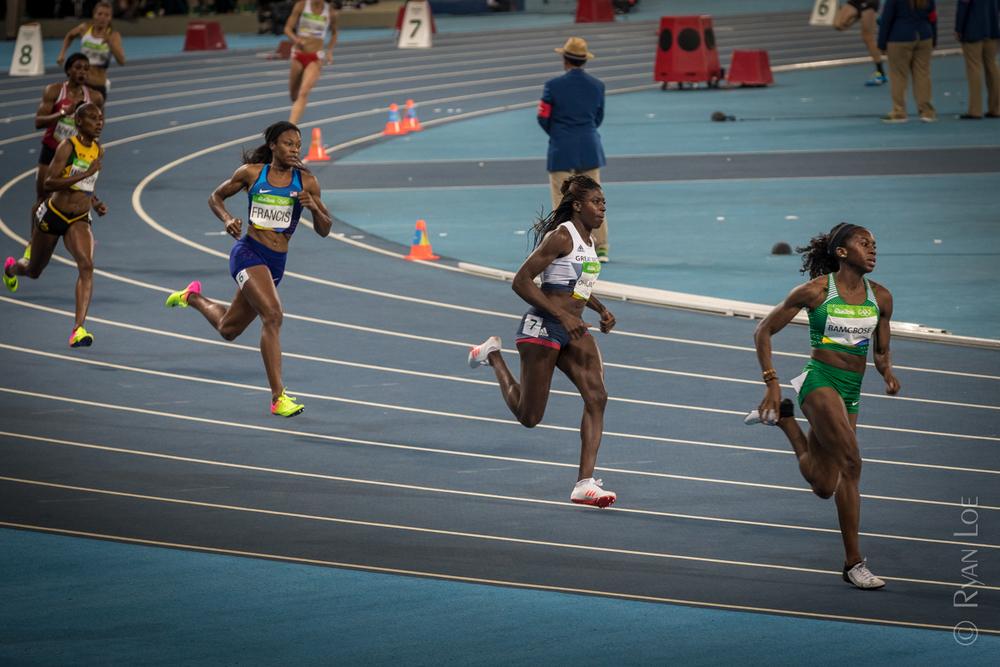 Women's 400M SemiFinal 1