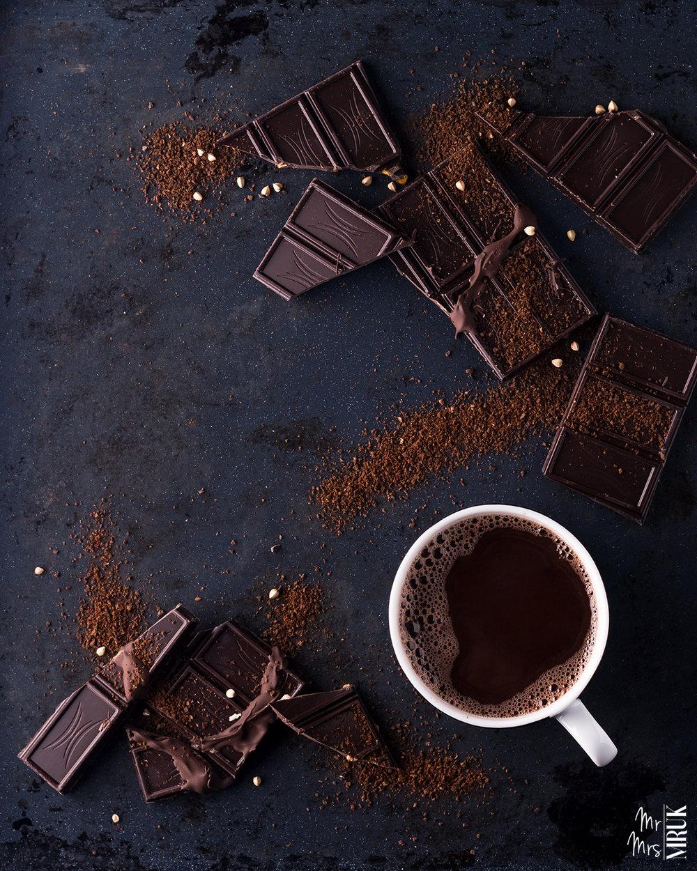 Essential_Flatlay_czekolada_food_produkty_mruki