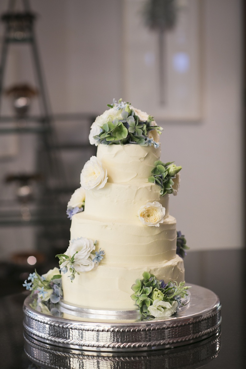 Bluebells Cakery Wedding Cake