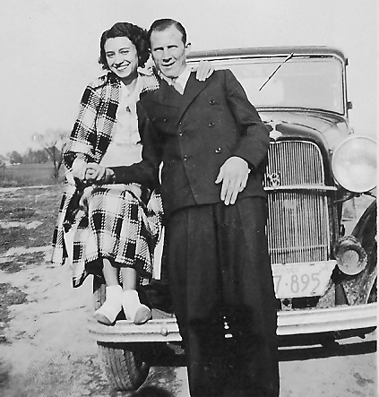 Frank and Ava Lee early on in their relationship. I love this photo.