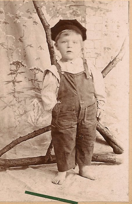 Alfred Traugott Thoms aka Fred Prinzing, probably around the time of his adoption.