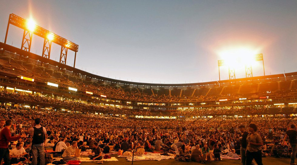 Opera at the Ballpark, 2010. Source: San Francisco Opera Facebook. Photo by Cory Weaver.
