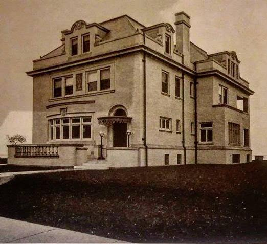 The Gunder Mansion, site of Dog Night.