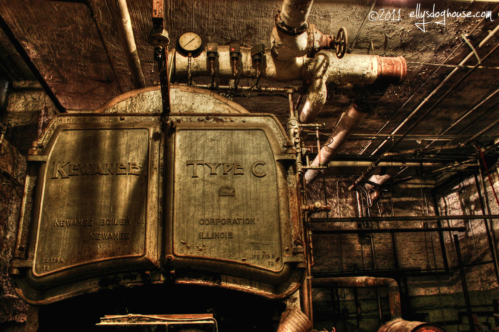 (Look at that creepy boiler! Awww...brings back such happy memories.)