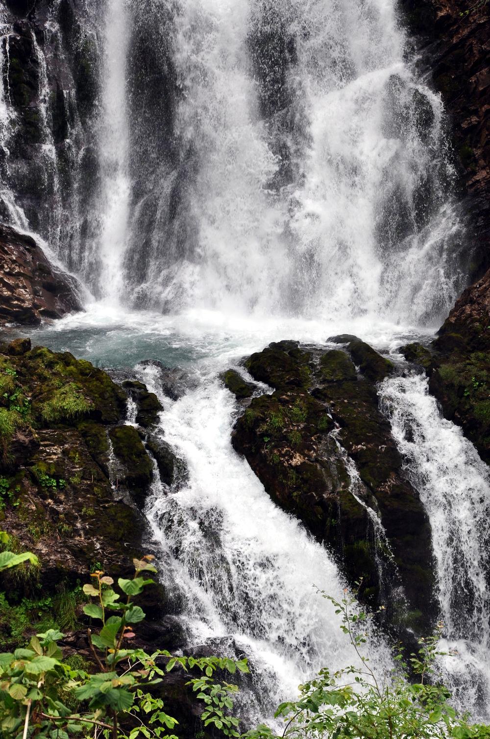 Giessbach Falls 6.jpeg