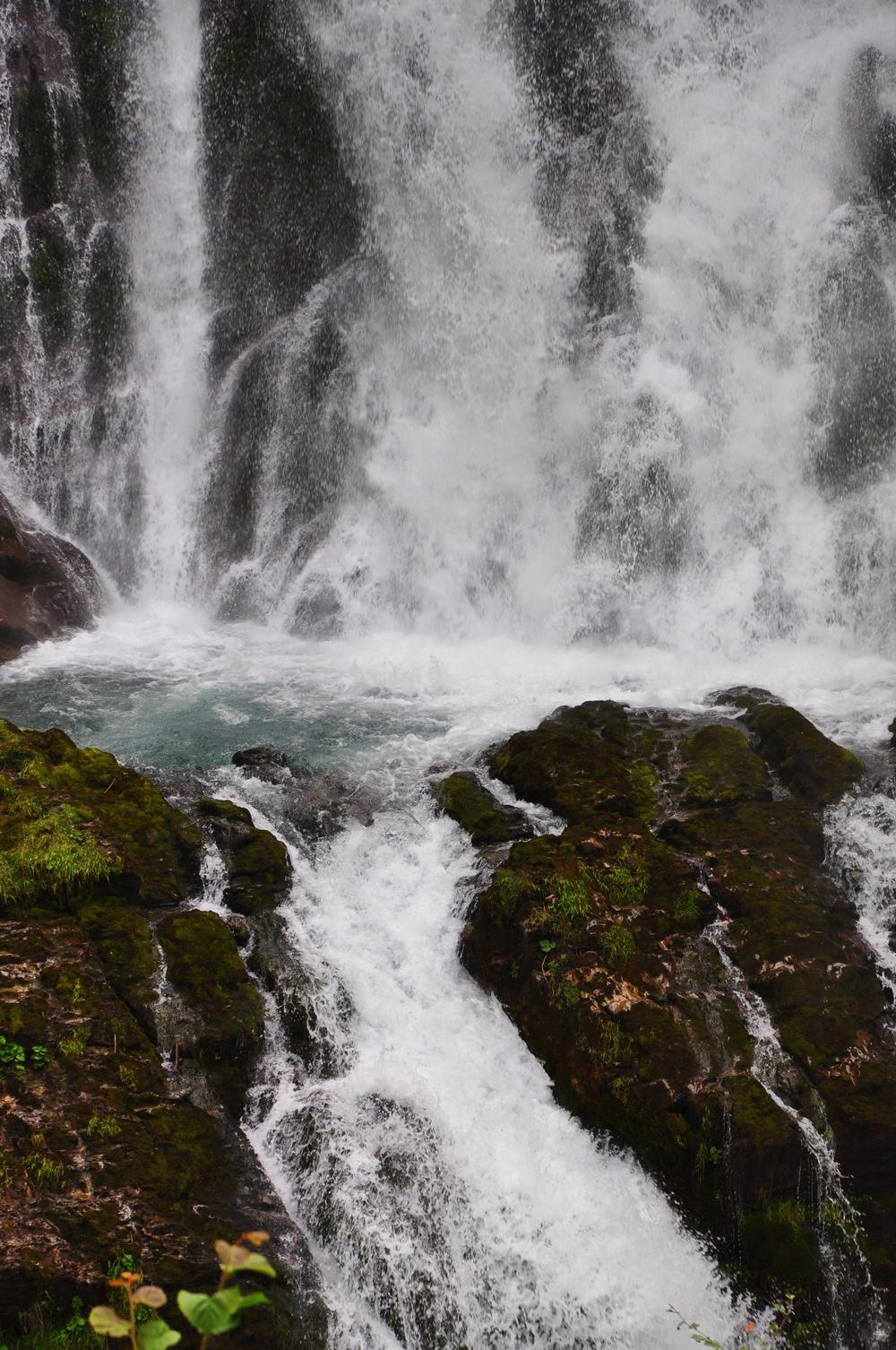 Giessbach Falls 7.jpeg