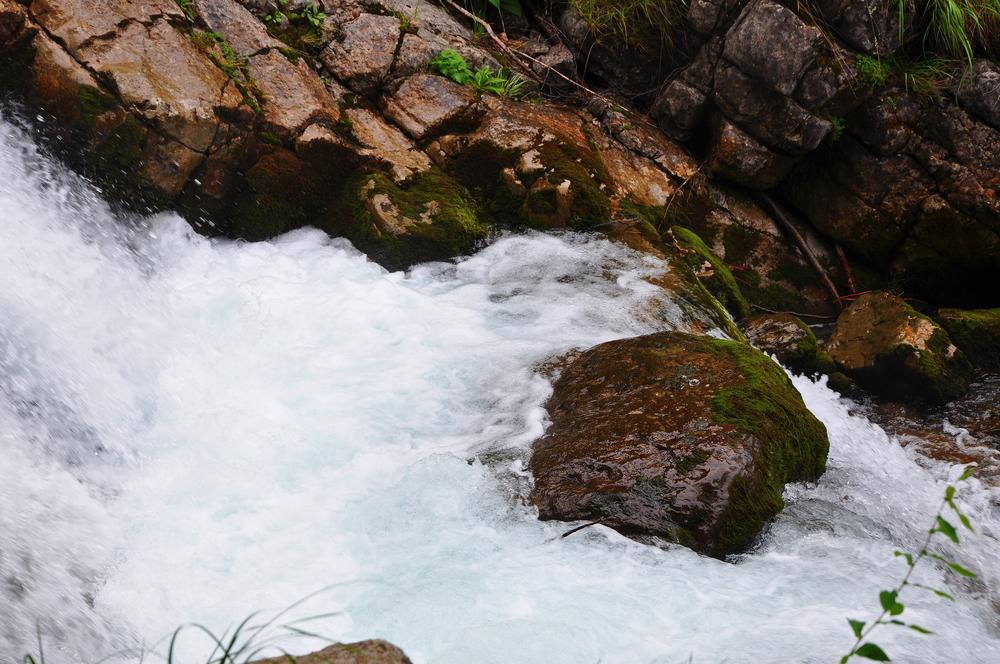 Giessbach Falls 13.jpeg