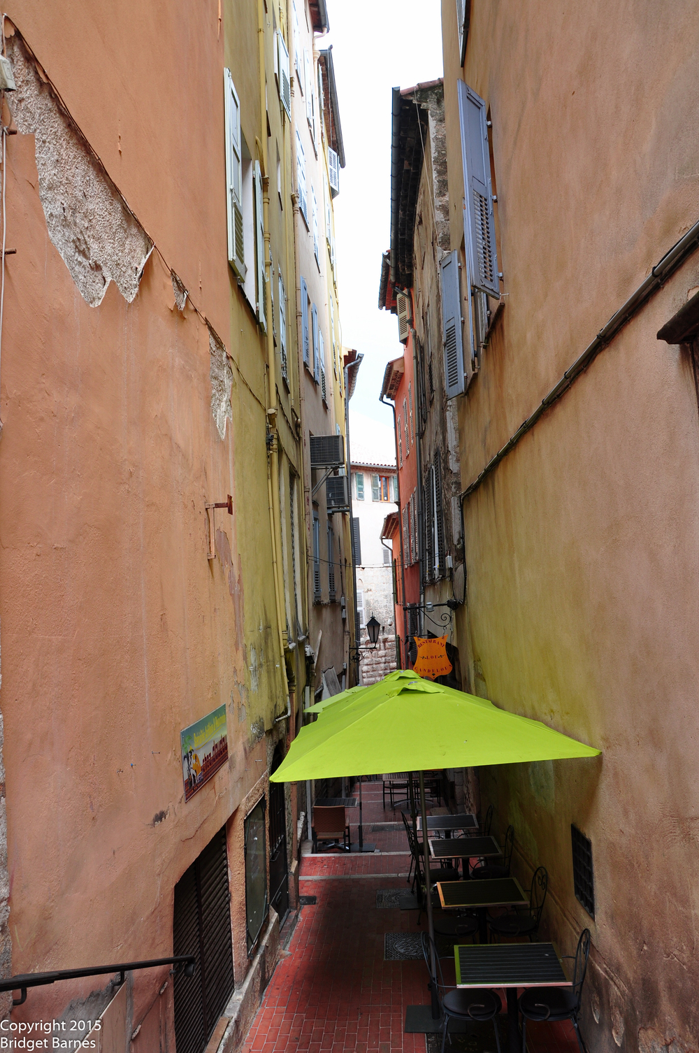 Grasse is filled with narrow alleys.