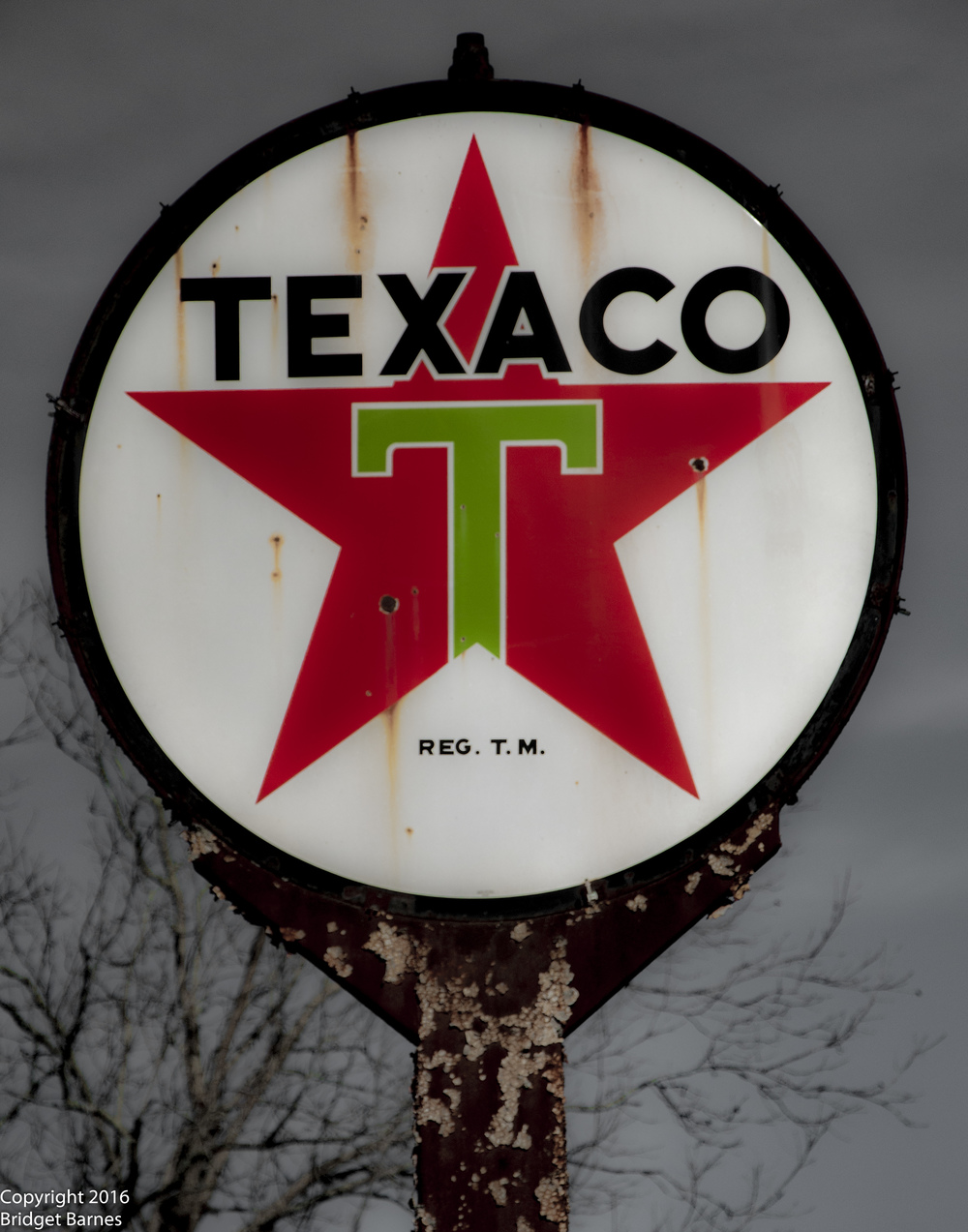 Texaco Sign in Wallis, Texas ©Copyright 2016 Bridget Barnes