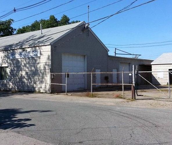Cranston, RI - Closed December 6, 2014