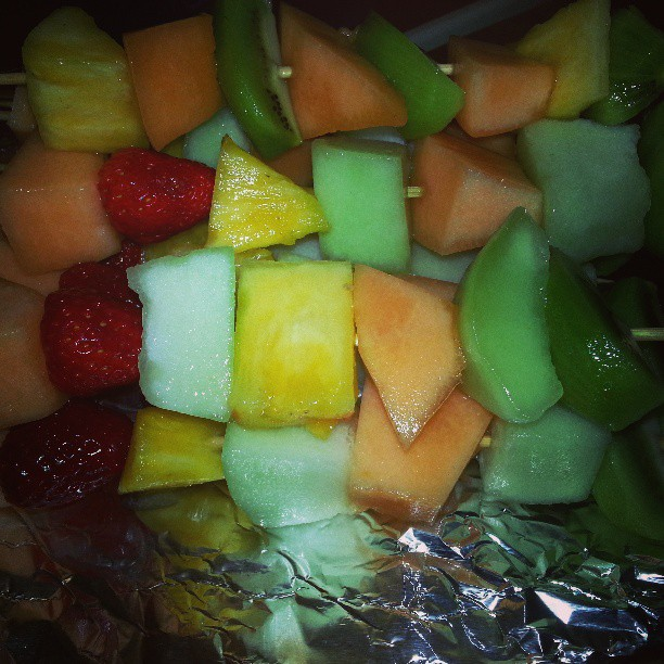 This is what I am bringing to the bbq, fruit skewers! #healthy #healthyeating #fruit #summer #bbq #summerready #memorialday