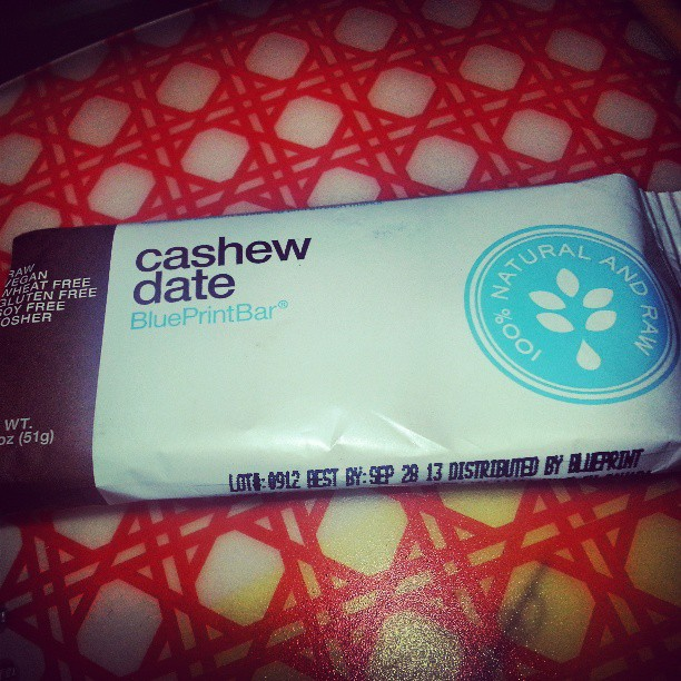 Cashew Date Blue Print bar was the perfect mid-morning snack. #natural #raw #wheatfree #vegan #soyfree #glutenfree @bpcleanse