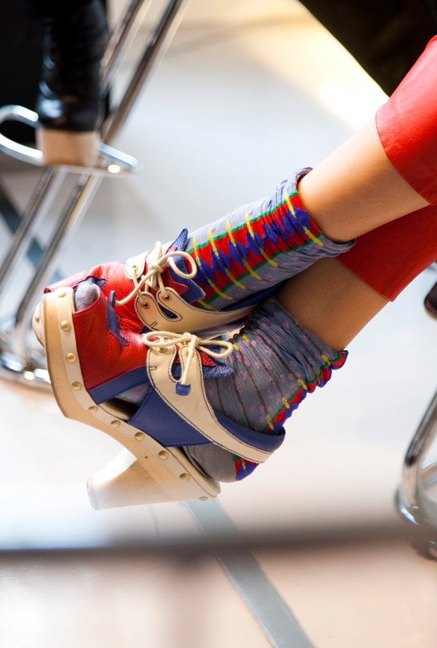 fullfrontalfashion: Some serious foot styling in London…check out all of our photos from London!