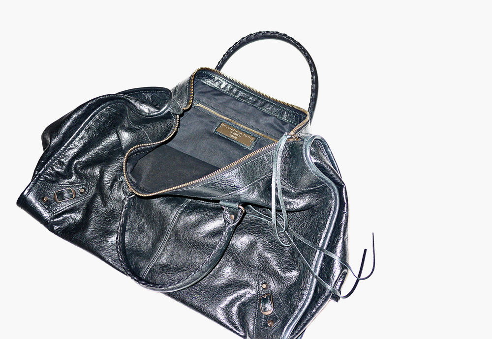 skyenicolas: ARENA WEEKENDER leather bag by Balenciaga