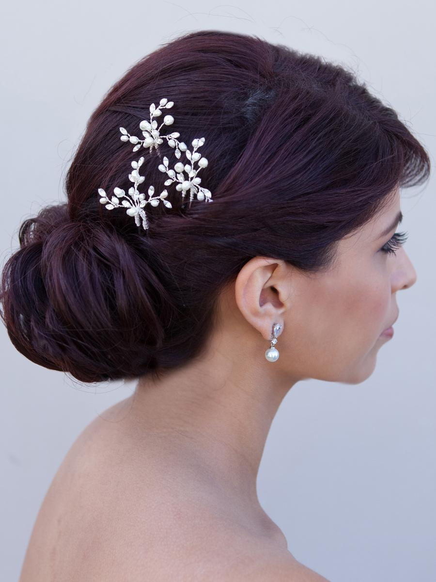 Stunning Elegance with touch of Romanticism