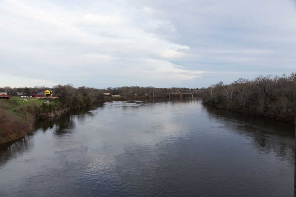View up the Alabama River from the Pettus Bridge,  Selma, AL -- 3/15/2015