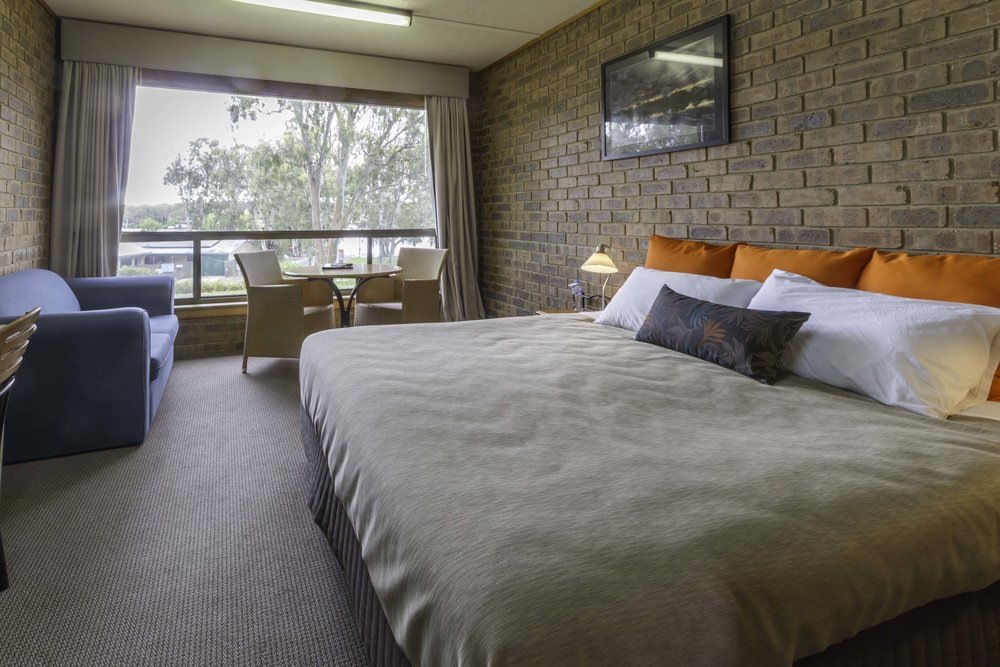 mannum_hotel_room.jpg