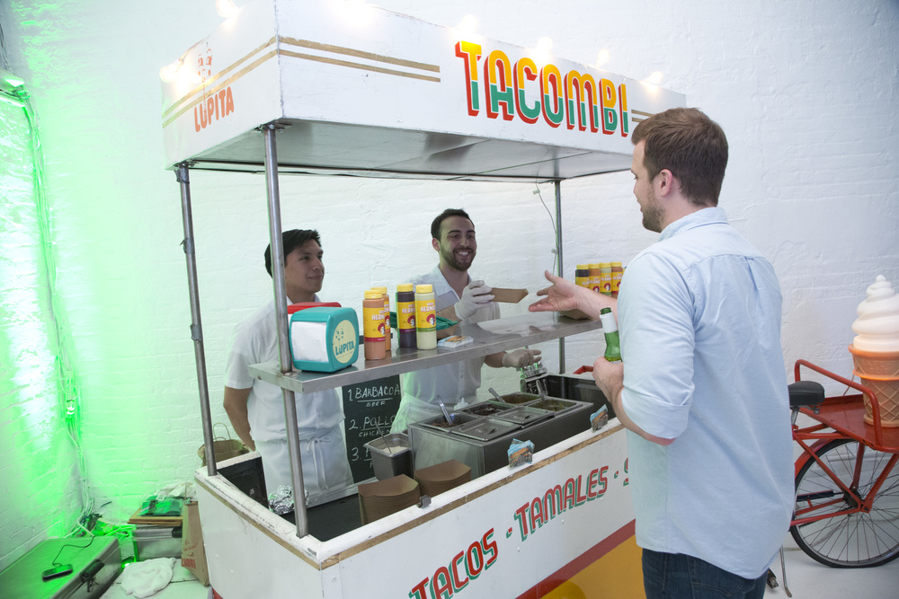 Guests treated to delicious Tacombi tacos from the taco cart