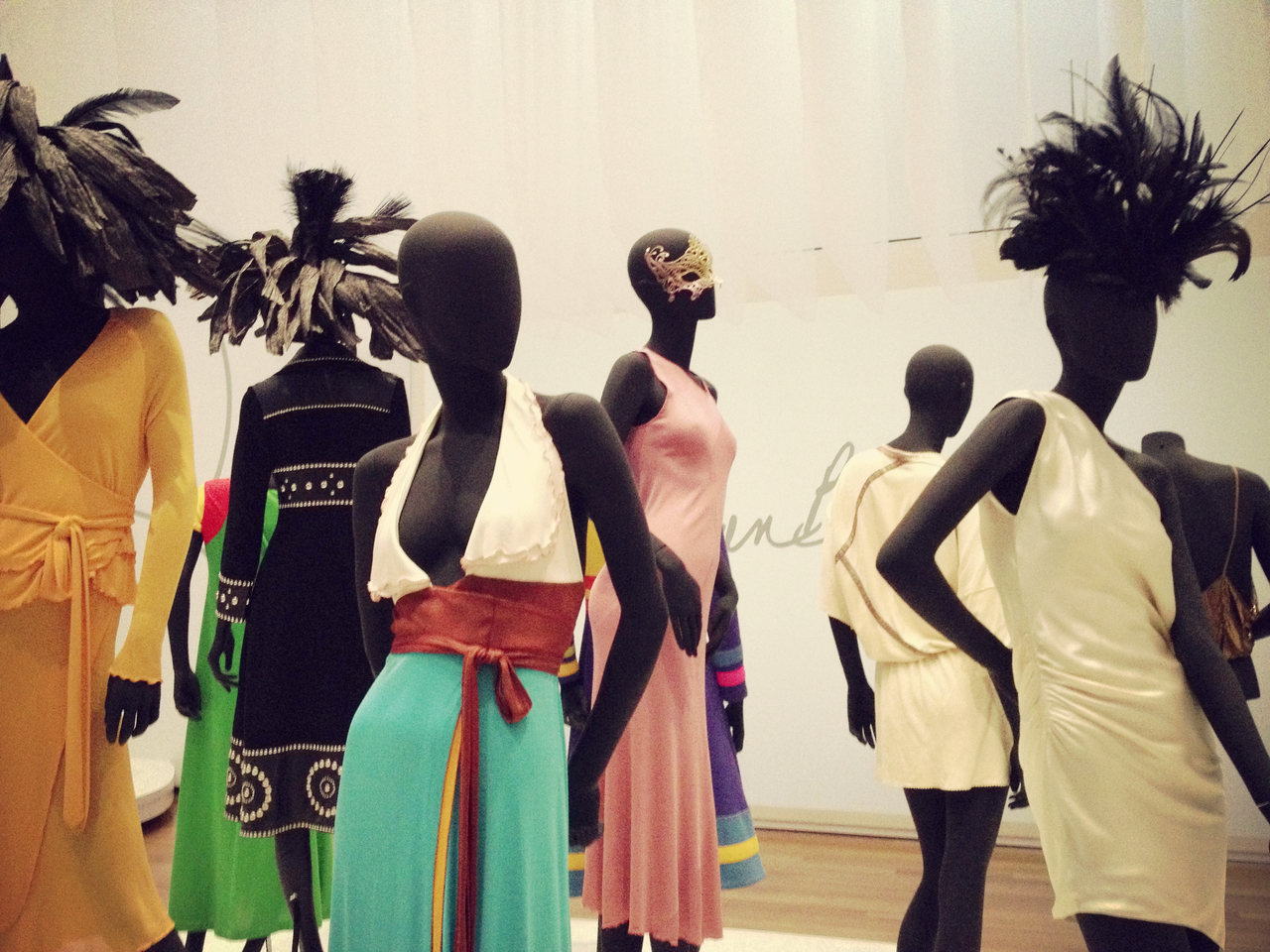 Exhibit of Stephen Burrows  #kitcam #pepper #peppersearching #fashion #art #stephenburrows