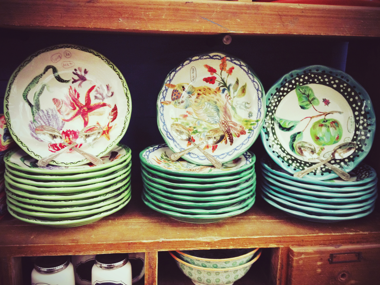 Plate Patterns #peppersearching #pepper #photos #plates #color