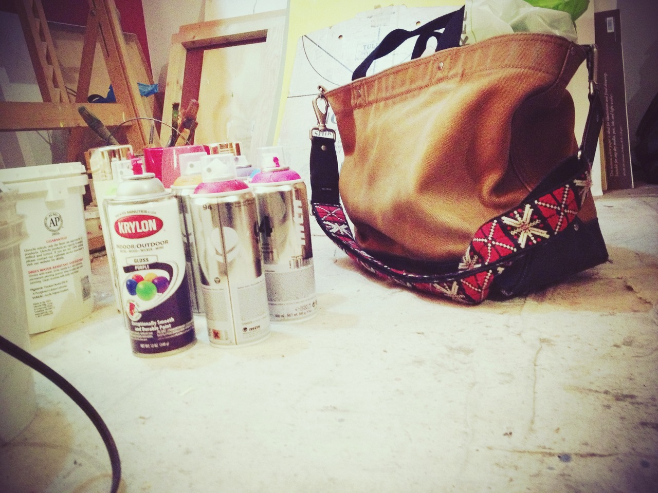 Before the Canvas, After the Thinking #peppersearching #pepper #photos #jackspade #graffiti #paintings #bag