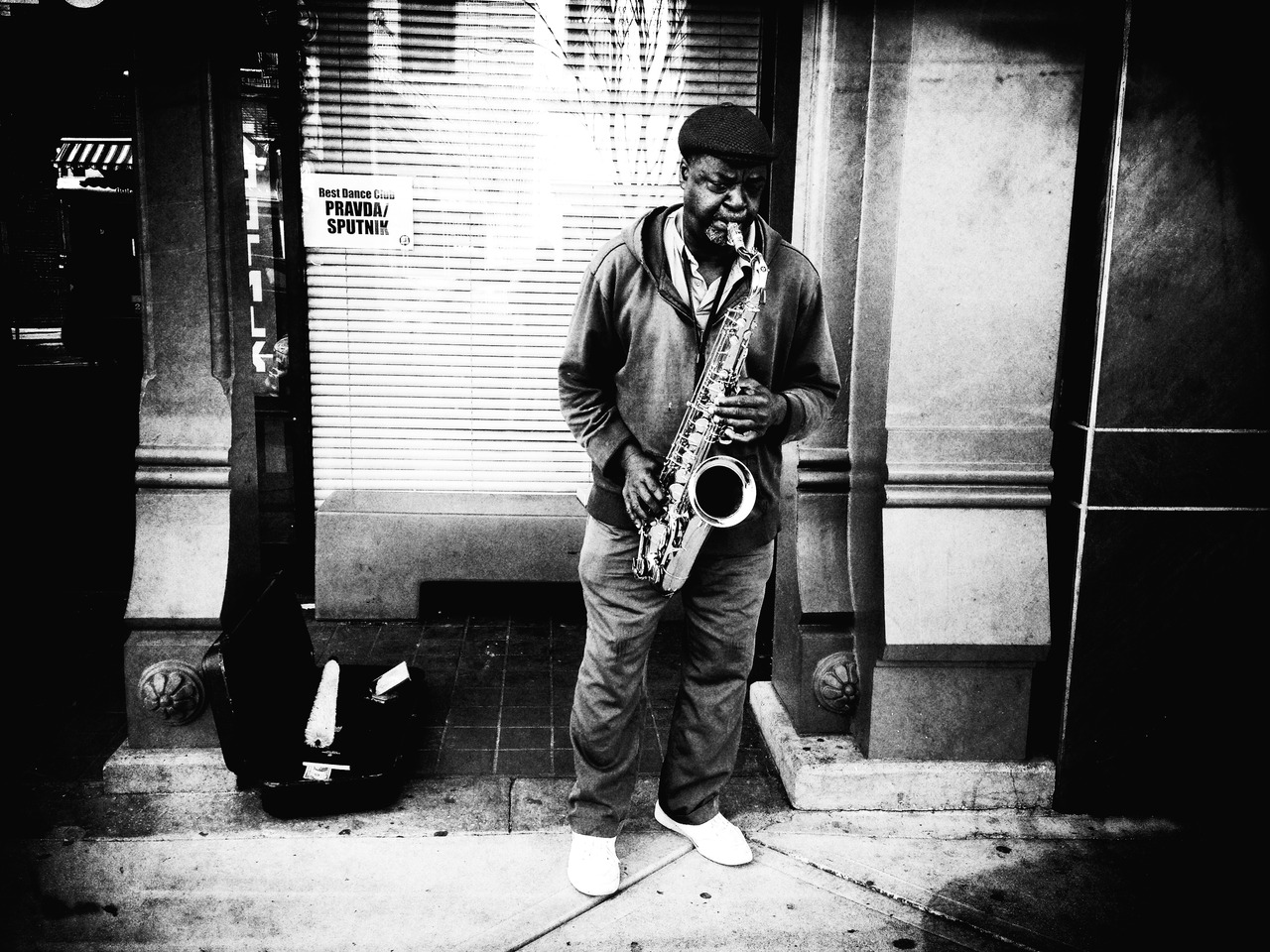 Glen Tunes - #peppersearching #pepper #photos #sax #music #streetmusic #culture